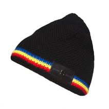 Beanie with tricolor stripe